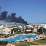 Incendi a Palma. Columna de fum negra i ben intensa. https://t.co/EBdsM31t77