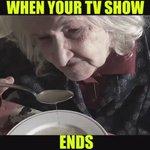 Come ti senti quando il tuo programma televisivo preferito finisce.  Tagga i tuoi amici 😂🔝❤️ https://t.co/1xSFhuQCU1
