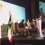 Con la Gobernadora @claudiapavlovic analizamos transportar por avión productos mexicanos a EU. https://t.co/VYBqI7U2re