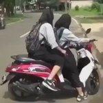 Ride or die 😂😂 https://t.co/EIxlQO9dJt