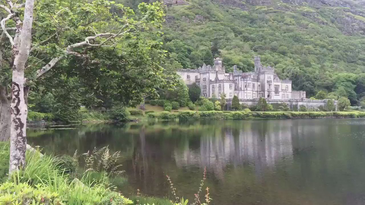Kylemore Abbey beautiful this eve as students explore parabolas & launch water rockets @IrelandFamTrvl #summercamps https://t.co/vaT5uuESaO