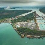 La estructura de acero de las compuertas del #CanalAmpliado pesan 52,500 toneladas, lo mismo que 26 mil camionetas. https://t.co/h2TxzTQXQD