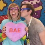 Gifs ???? at the Strawburry17 booth thanks to @moveboothco #vidcon2016 https://t.co/5Nqp9X0wG7