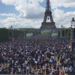 Great shot of the fan zone at the Eiffel Tower as Griezmann put #FRA ahead #FRAIRL #EURO2016 https://t.co/xOm3QOiZNy