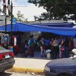 Profesores de la Sección 22 del SNTE bloquean las instalaciones del IEEPO #Oaxaca https://t.co/yehqGCQnLV