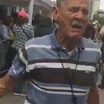 ¡DESGARRADOR! conmovedor llanto de una abuelito ante la escasez de comida. @GarcaReinaldo @mujeresdenegro https://t.co/C5DlQiAexa
