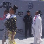Beyoncés dancers & crew in #Formation at the #BETAwards! #LEMONADE https://t.co/l70SYy0qhU