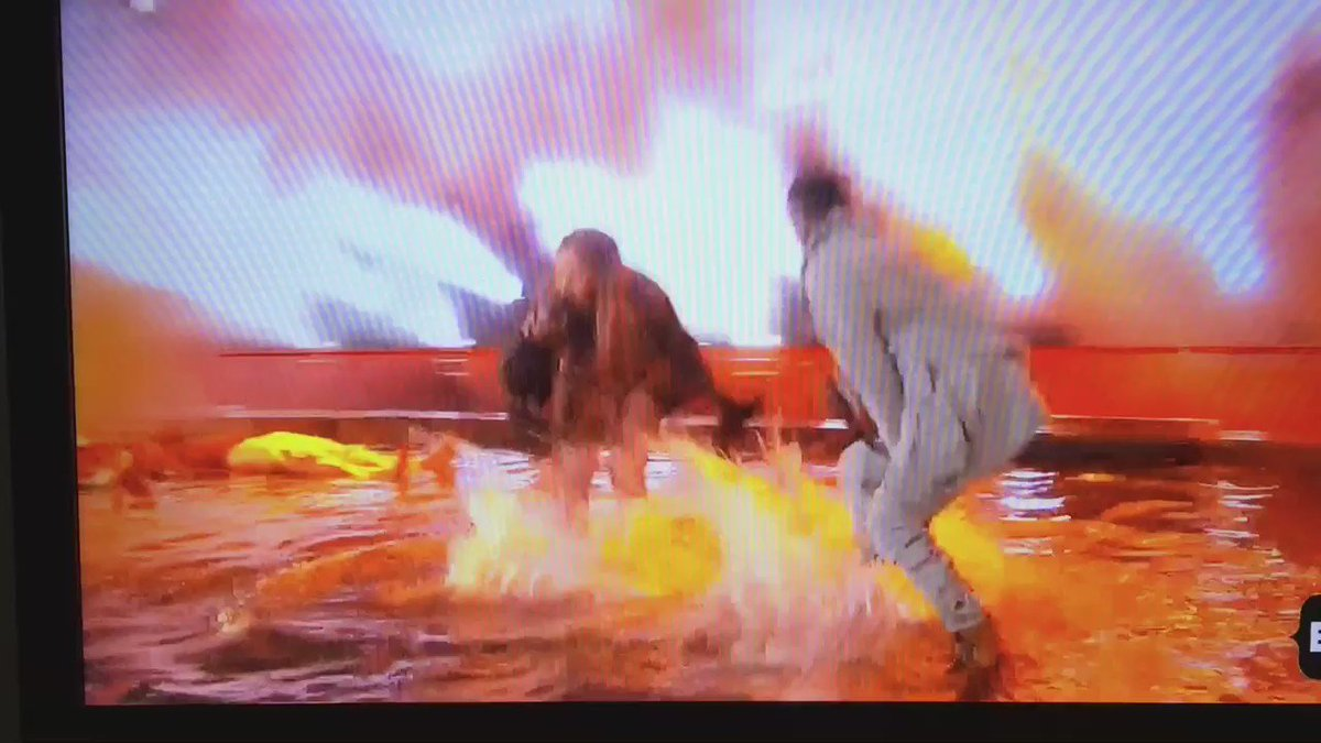 The Beyonce/ Kendrick Lamar moment was literally on fire!!!!