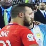 Quien diga que no siente la camiseta de Argentina, está mal. Falló el penal, si, pero prácticamente el los clasificó https://t.co/aXfQ6ij1g3