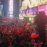 Times Square se volvió chilena https://t.co/cOMwNgjlQR