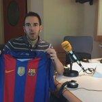 RT i FOLLOW si vols la nova samarreta del Barça! #FCBLive https://t.co/QMGKq1N7En