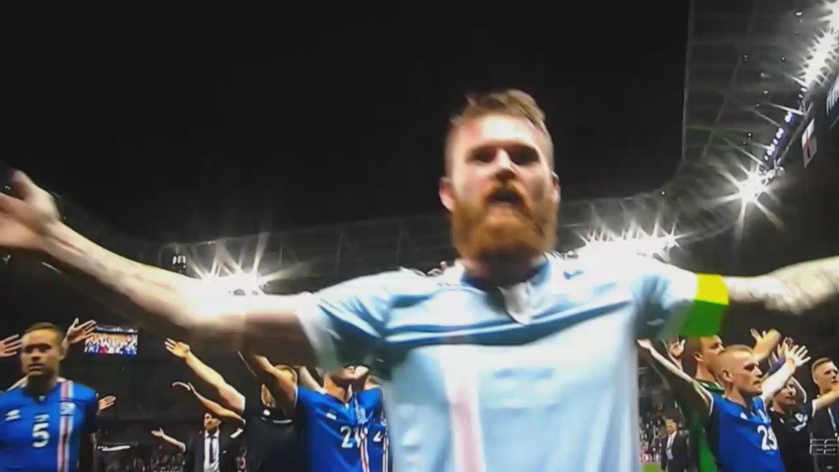 Iceland's slow clap skills = legit https://t.co/e53Yo3qhaF