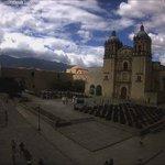 La luz en #Oaxaca, segundos después del temblor de este lunes. Vista ExConvento de Santa Domingo vía @FundacionAHHO: https://t.co/c9ucpsvcj2