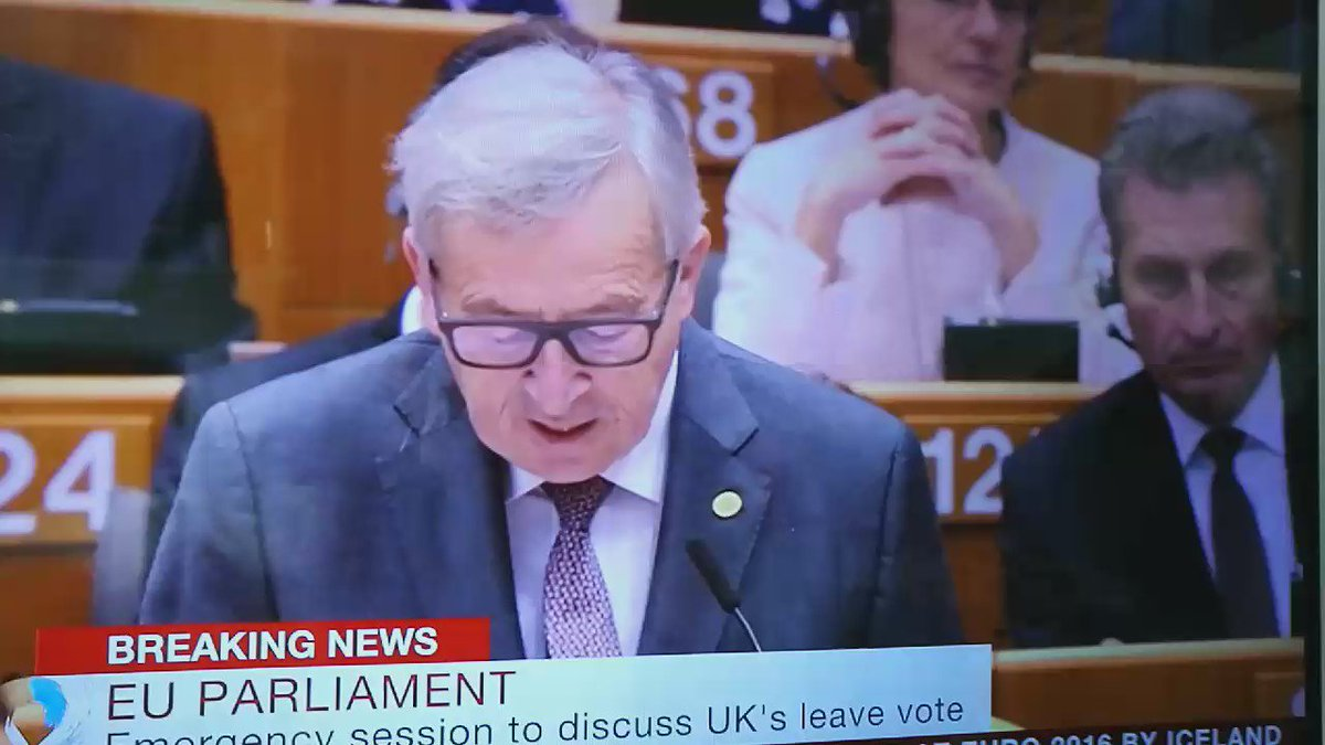 """Juncker to Farage: """"That's the last time you're applauding here,"""" """"Why are you here?"""" https://t.co/xbndJtZunG"""