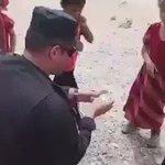 #جهاز_مكافحة_الارهاب الابطال ينقذون عائلة مكونة من 17 شخصا نزحت للصحراء بالقرب من مفرق #الشرقاط..  #الشرقاط_تتحرر https://t.co/fZ3p8LCwqP