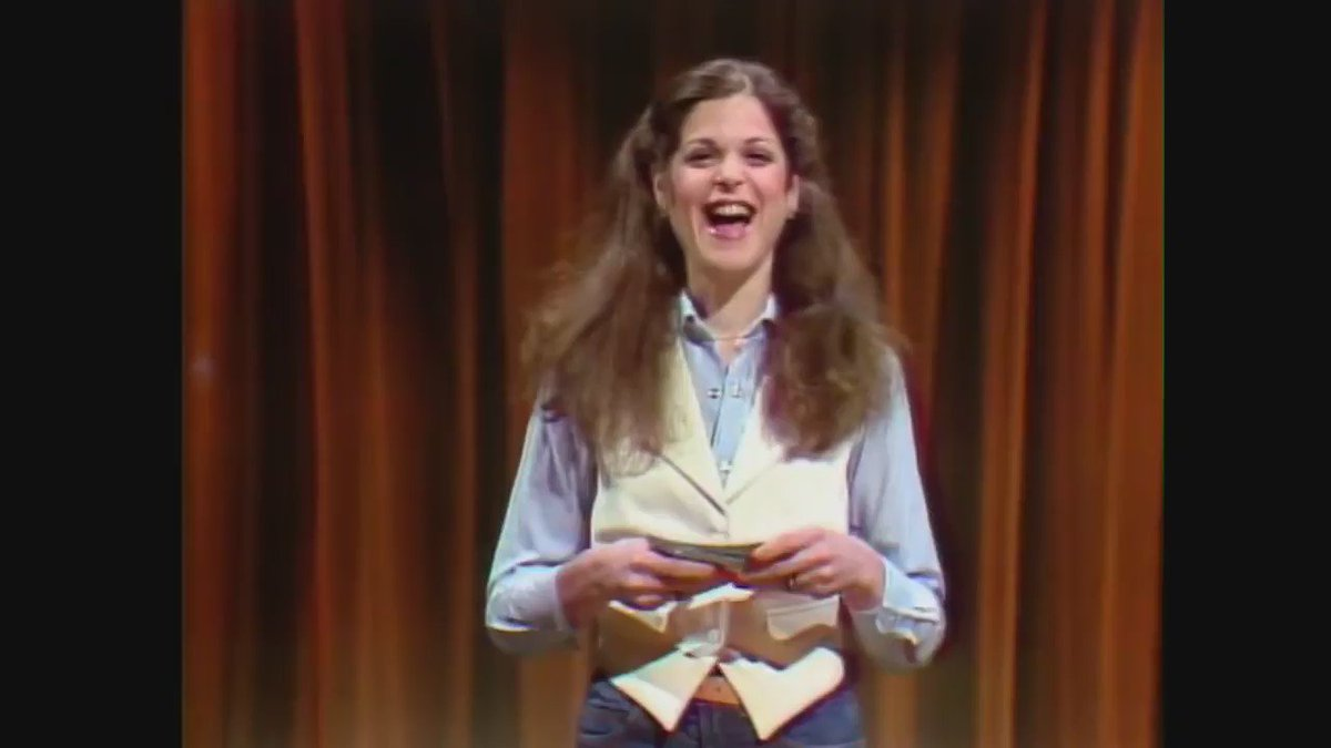 Today we honour the comedic mastery of the late Gilda Radner. We miss you! https://t.co/gCR1n7KHeh