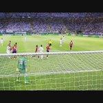 Hace 1 mes el #RealMadrid conseguía su UNDÉCIMA copa de Europa! Disfruten este pedazo de video via NINO Producciones https://t.co/a7cp8AENqp