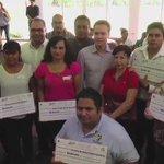 Gobierno Federal, Gobierno de #Chiapas y Ayuntamiento en apoyo a comerciantes del centro de Tuxtla. ¡No están solos! https://t.co/Y7aQQxRh8B