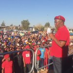 CIC @Julius_S_Malema now addressing the #Upington community meeting #VoteEFF https://t.co/oT60tHcT9s