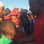 CIC @Julius_S_Malema goes into the crowd in #Upington to shake hands with the elderly in attendance #VoteEFF https://t.co/uKS4TkNOrn