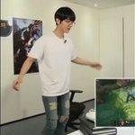 Baekhyun cutely imitating League of Legends Ezreal https://t.co/mZWXRpu16M https://t.co/d1vGh1Jg3e