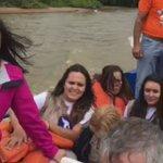 La GNB nos impidió el paso por tierra a Delta Amacuro, ¡pues nos vinimos en lancha por el Orinoco!! #SiSePuede https://t.co/tGAAx7fvzZ