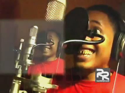 Whenever I'm feeling down, this joyful video of OJ Da Juiceman recording his adlibs cheers me up... https://t.co/iqBBqseYHX