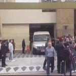 Fifth Harmony saindo do hotel e indo para o local do show! #727TourCuritiba https://t.co/EzG1h4URDT