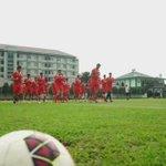 Latihan Yon Zikon 14 30 Juli 2016. Persiapan melawan Pusmania Borneo FC #GuePersija #RumahPersija https://t.co/Hm8nK1heFX