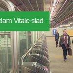Maak een muzikale wandeling over de nieuwe #pianotrap op het Centraal Station! https://t.co/PByHd7ZQ54 #Vitalestad https://t.co/D6jyCKsJ0f