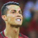 Ronaldo is so powerful his spit controls TV! via @FinchIan 😃 https://t.co/pRUYNuAxua