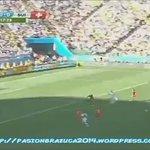 Yo veo un partido de la liga brasilera en Arena Corinthians y automáticamente me acuerdo de esto... https://t.co/LoMvSjzrtx