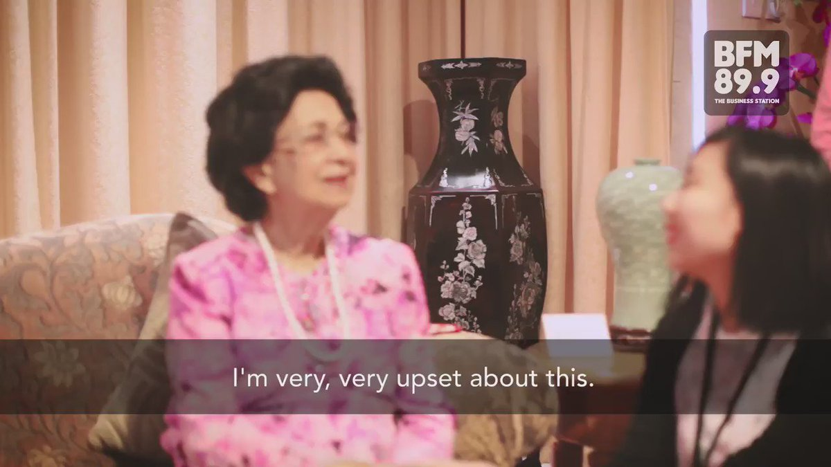 Tun Dr Siti Hasmah Mohd Ali shares her views on the #AntiVax movement. Watch the full video https://t.co/F52z8sNK5S https://t.co/Ly5wktnNg4