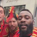 """Gradur à Lille aux côtés des supporters belges : """"Ya du soleil Eden Hazard la la la la la la..."""" https://t.co/1y4zKTi4Dt"""
