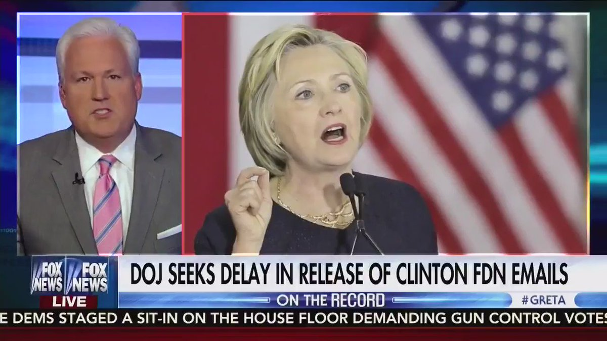 """.@mschlapp tells @greta that """"Everyone should get to see this,"""" regarding the Clinton emails. @FoxNews #tcot https://t.co/VVUDN4cUpS"""