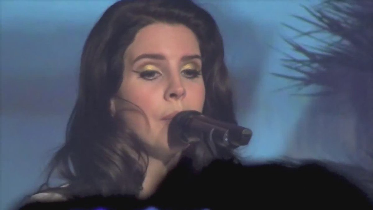 The emotion she sings with https://t.co/up4LyrNqId