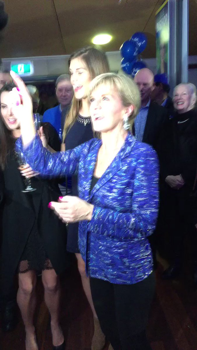Big win for @JulieBishopMP in seat of Curtin. Here's Australia's foreign minister dancing to Tina Turner #ausvotes https://t.co/CdhnY14sPq