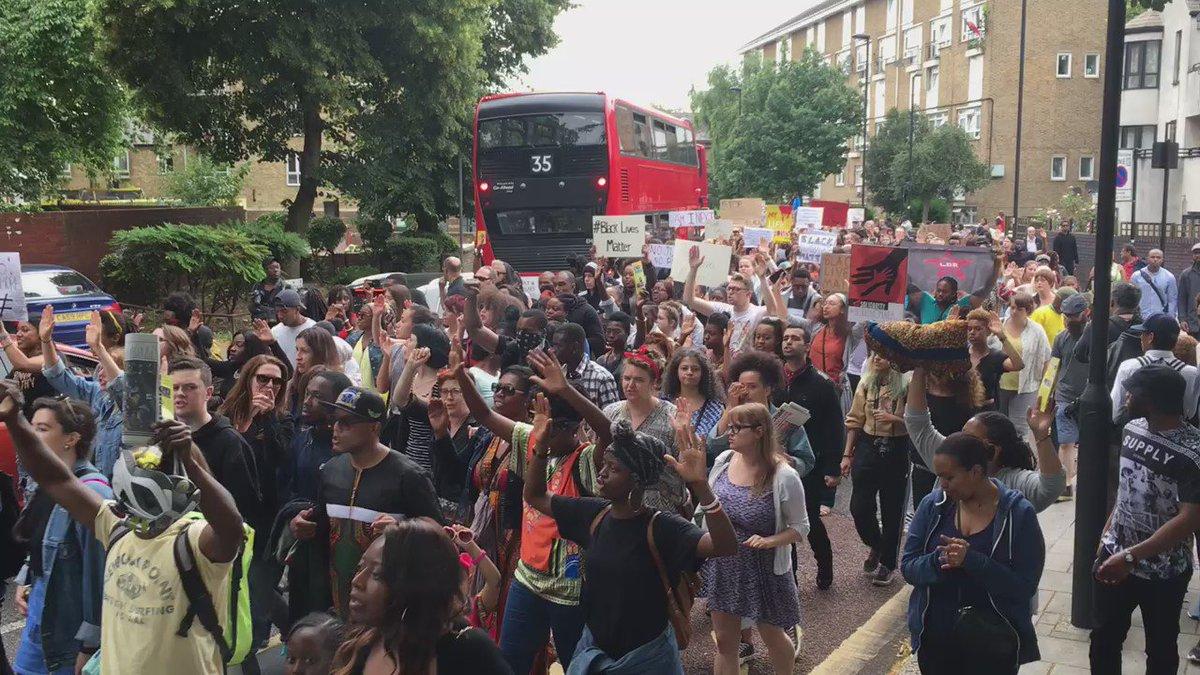 Brixton this is big #BlackLivesMatter #London https://t.co/TnijiqR2Vi