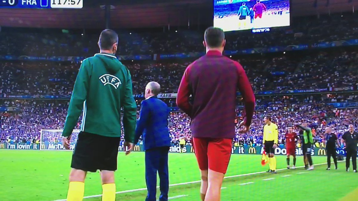"""No excuses from @Cristiano in final minutes #Euro2016Final """"get back on"""" https://t.co/R0JAEEdtdB"""