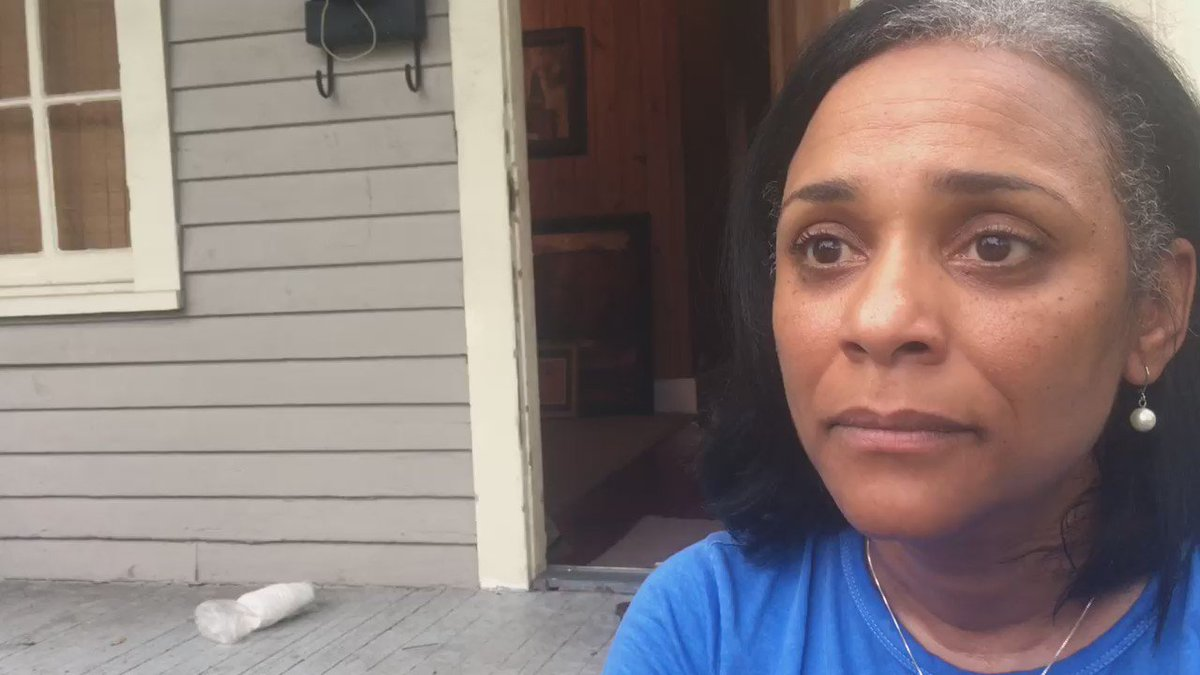 """Baton Rouge home owner """"very upset"""" after police storm her yard arresting protesters who had permission to be there https://t.co/gwE8aRGKfL"""