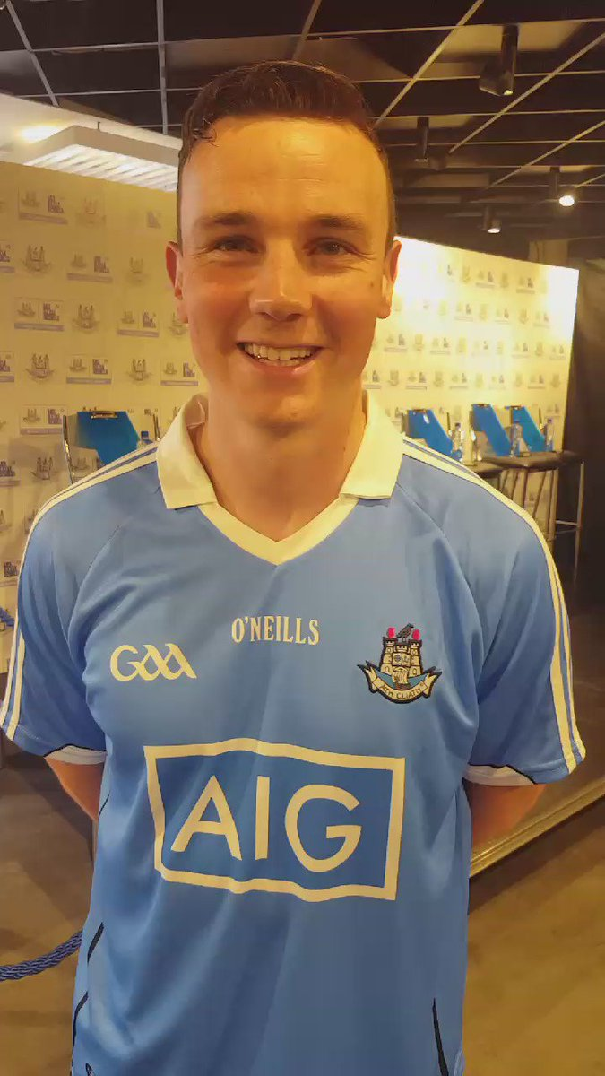 In Dublin City Centre? Pop in to our Grafton St Store to meet @LiamRushe and get your Dublin GAA gear signed! https://t.co/yHhtsgjnvW