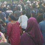 Énormément, énormément de monde pour la marche #JusticePourAdama. Grandes émotion et détermination palpables. https://t.co/sSoKdJDZDZ