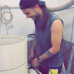 @RiccardoMusa giuro che chai i capelli più lunghi dei miei 😂 HAHHAHAHA Sempre bello sei 😘 @Benji_Mascolo https://t.co/pyD6iv4JAq