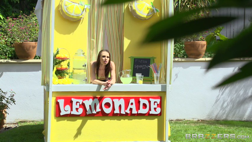 "RT : NEW BRAZZERS SCENE: ""ZZ Lemonade: Aidra Fox"" with 🍋🍋 65UTURoZOD"
