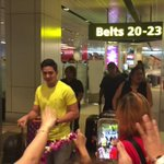 Alden Richards arriving in Singapore. -- @aldenrichards02 © rlabian #ALDENinSG https://t.co/TVqdcYyn0c