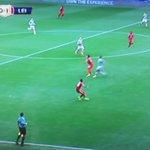 Riyad Mahrez acaba de liarla en Celtic Park https://t.co/7KIIhPMDgs