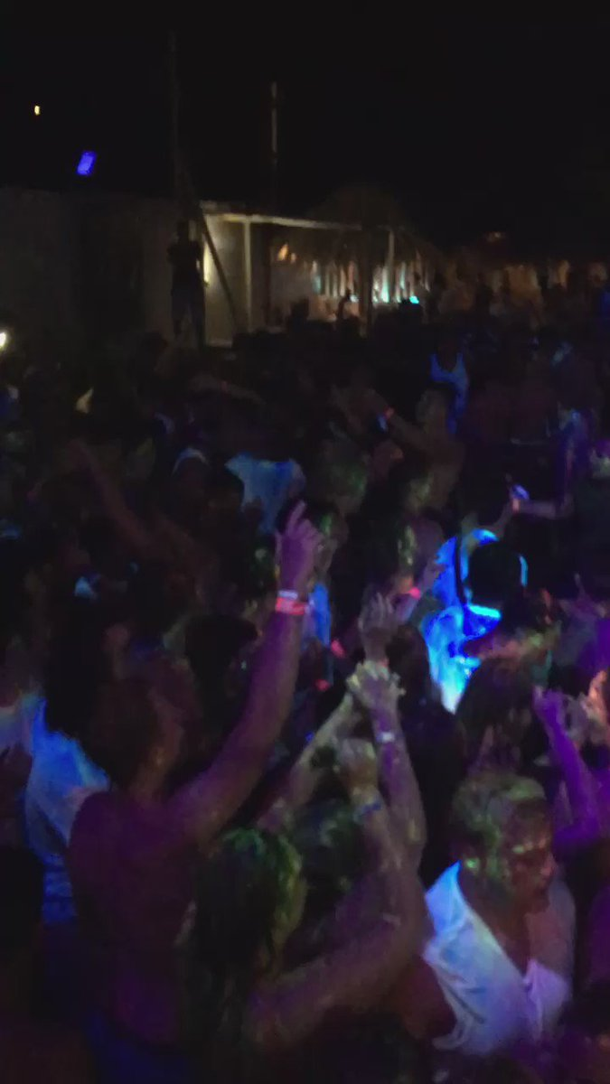 @TheLadBible we just set off the biggest mosh pit of the summer!What's the lads saying over your way!!! Come join us https://t.co/BTrvf53K6W