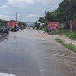 #AlertaSV  Precaución: Inundación bajando Autop. Los Chorros.  Gracias a @Karimacabe  https://t.co/H3Ll0LsBSu
