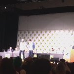 #TheFlash stars @grantgust and #JesseLMartin tap-dancing!🔥 #WBSDCC #SDCC https://t.co/h9M3GZwOkr