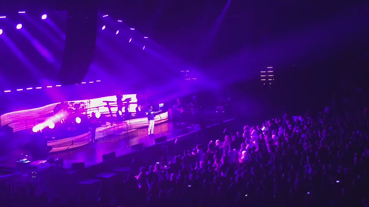 """I guess nobody felt it like you guys here in Minneapolis St Paul,"" #duranduran in tribute to our #Prince @prince https://t.co/goUnwFjSk0"